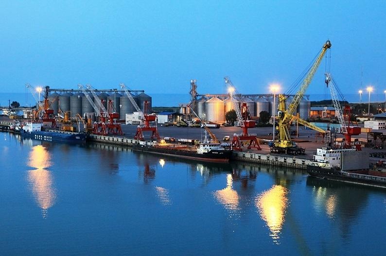 افزایش ۲۵۶ درصدی ترانزیت خارجی کالا از بندرامیرآباد به کشورهای حاشیه خزر