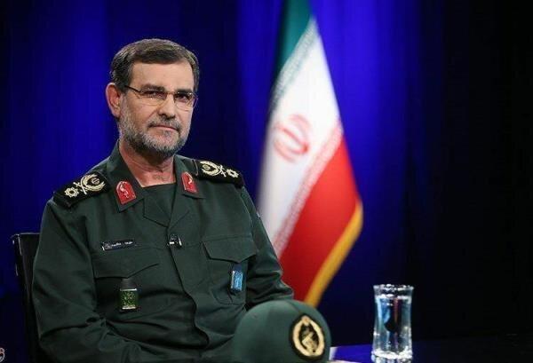 تبریک سردار تنگسیری به فرمانده جدید نیروی دریایی ارتش