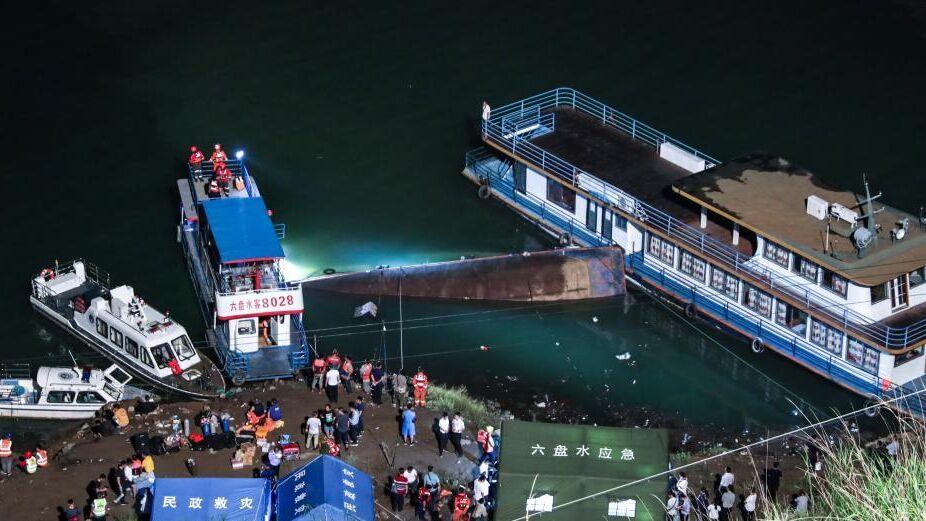 واژگونی کشتی در چین ۸ کشته و ۷ مفقود بر جا گذاشت