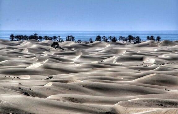 سواحل روستای گردشگری درک زرآباد بندر چابهار در سواحل مکران
