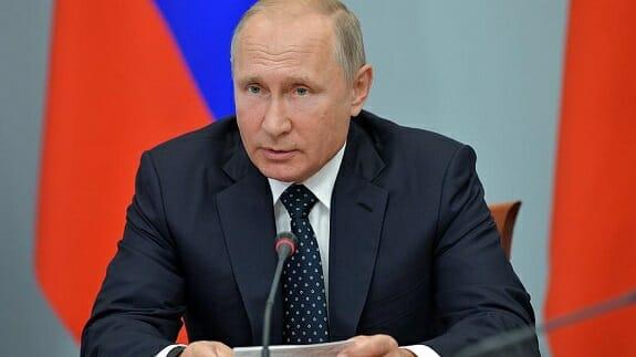 پوتین پیشنهاد اتصال راه ابریشم چین و مسیر دریای شمالی روسیه را ارائه کرد