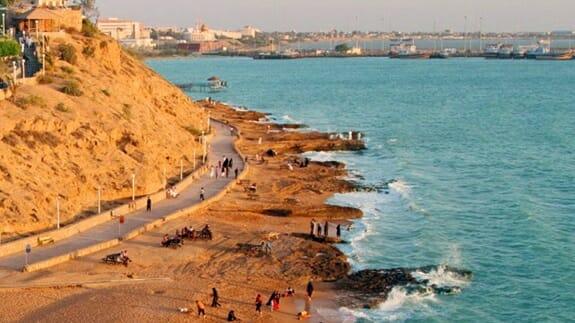 جمعیتپذیر کردن سواحل خلیجفارس و دریای عمان جزو سیاستهای نظام است