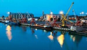منطقه ویژه اقتصادی تجاری بندر امام خمینی خوزستان