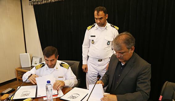 امضا تفاهمنامه همکاری دانشگاه خلیج فارس و پایگاه دریایی بوشهر