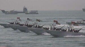 رزمایش قایق های تندرو نیروی دریایی سپاه