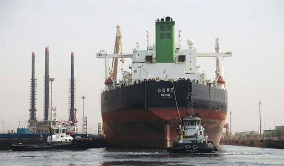 داکینگ و تعمیر چهارمین نفتکش بزرگ دنیا در یارد ایزوایکو