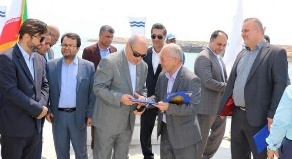 افتتاح اسکله شناور در بندرگاه صیادی ریگو قشم