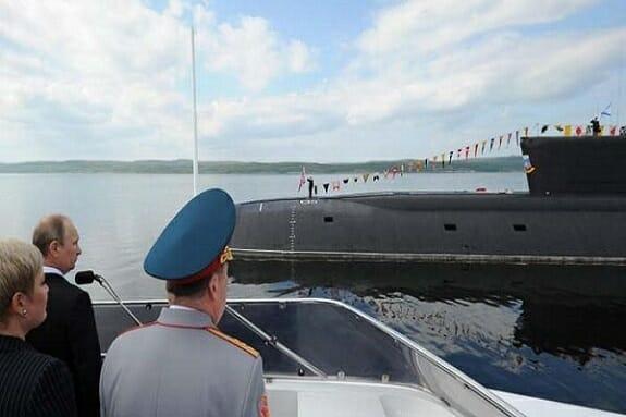 آتش سوزی در پیشرفتهترین زیر دریایی اتمی روسیه / مرگ 14 ملوان روسی