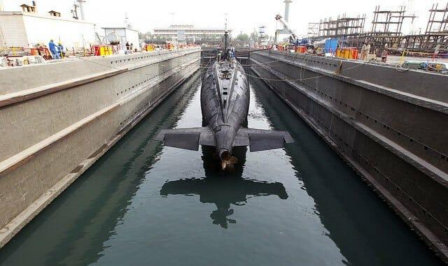 زیردریایی طارق