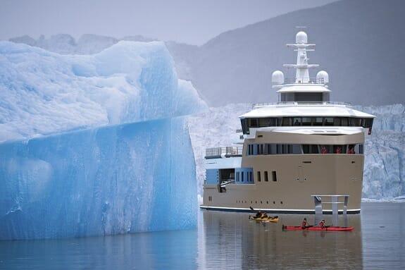 اولین کشتی یخشکن خصوصی را بشناسید