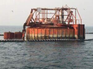 تعمیر نخستین کوپلینگ دریایی متصل به گوی شناور بههمت متخصصان داخلی