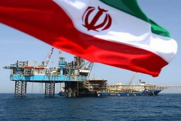 افت ١٣ درصدی مخازن نفت/ زنگ خطر برای ظرفیت تولید به صدا درآمد