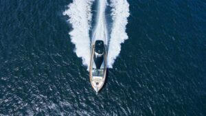 قایق تفریحی کروزر فوق لوکس گردشگری لکسوس LY 650 معرفی شد