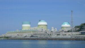 ریختن مواد رادیواکتیو در دریای ژاپن