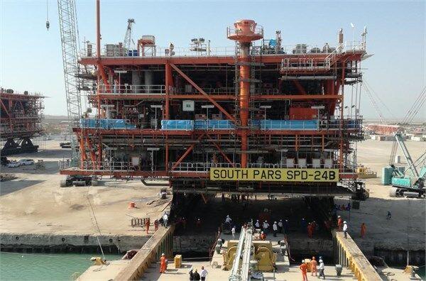 بارگیری آخرین سکوی فازهای ۲۲ تا ۲۴ پارس جنوبی در شرکت صنعتی دریایی ایران-صدرا بوشهر