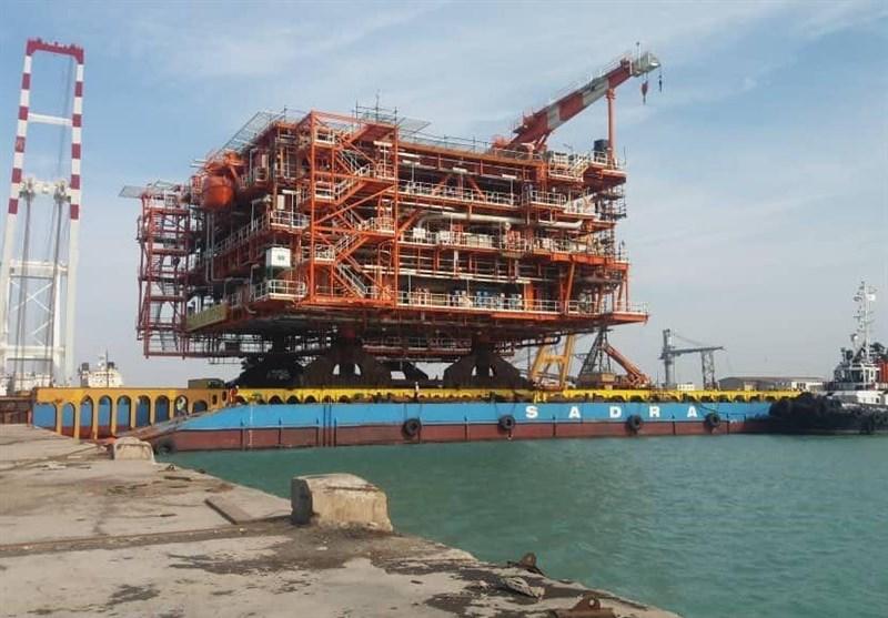 نصب دو سکوی گازی فازهای ۲۲ تا ۲۴ پارس جنوبی در شرکت صنعتی دریایی ایران - صدرا بوشهر