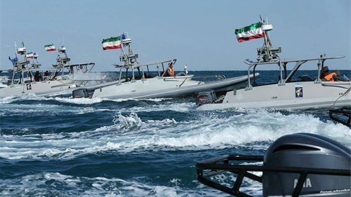 توقیف یک شناور خارجی با پرچم پاناما توسط نیروی دریایی سپاه در آبهای خلیج فارس