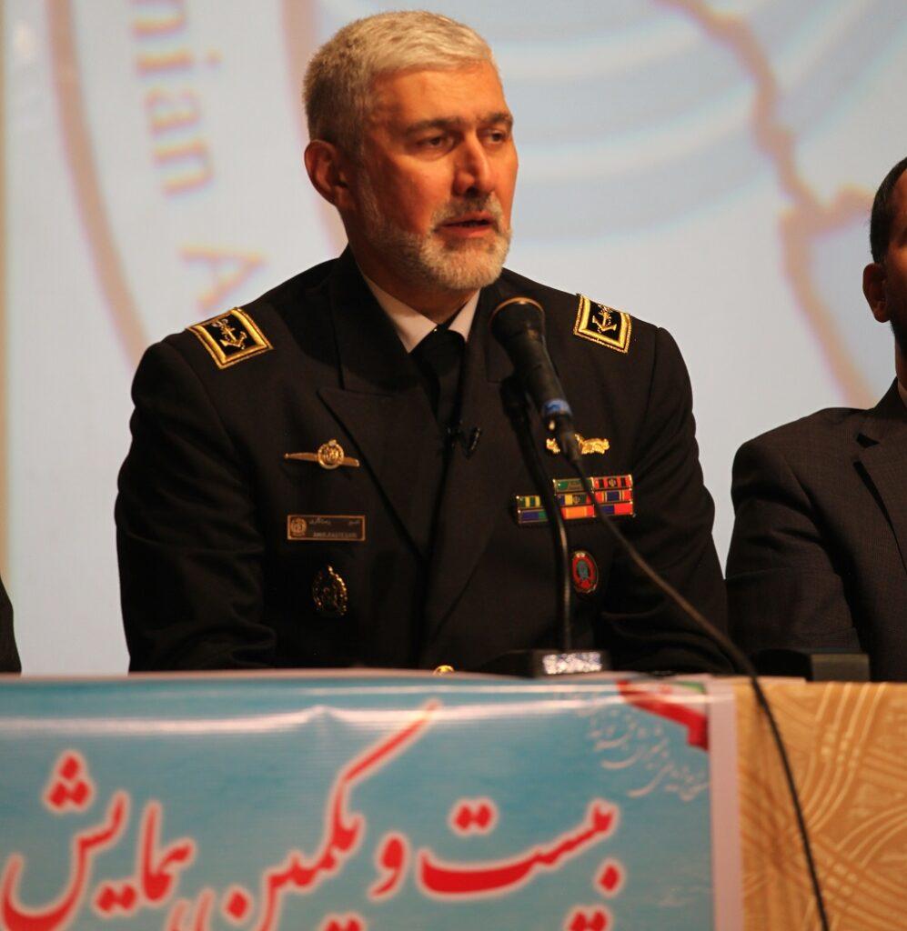 امیر دریادار رستگاری در میزگرد پیشرفت و توسعه صنایع دریایی ایران در بیست و یکمین همایش صنایع دریایی