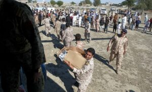 مردم یاری در سیل اخیر سیستان و بلوچستان