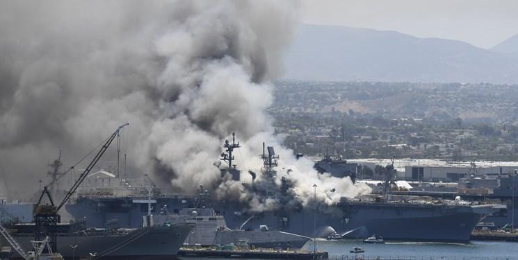 انفجار ناوشکن آمریکایی در بندر سندیگو