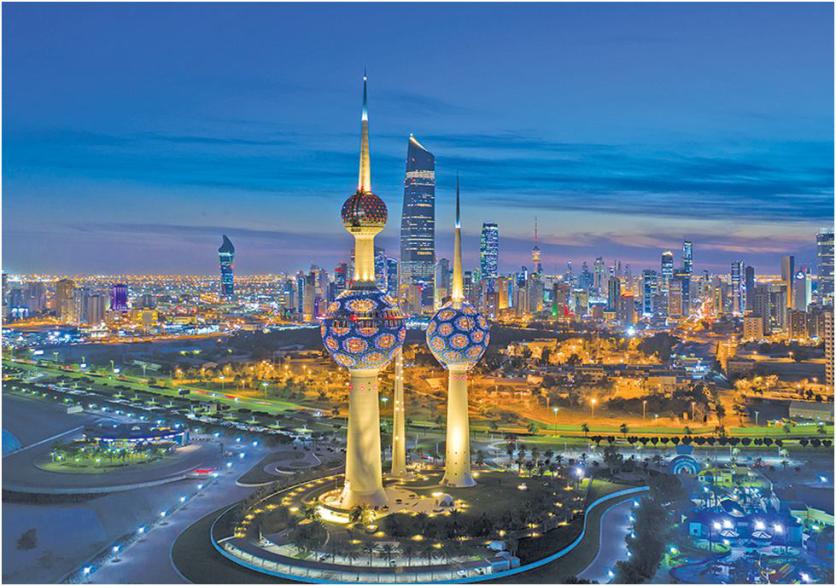 برج-هاي-گردشگری-سه-گانه-کويت-در-شب-Kuwait-Towers-