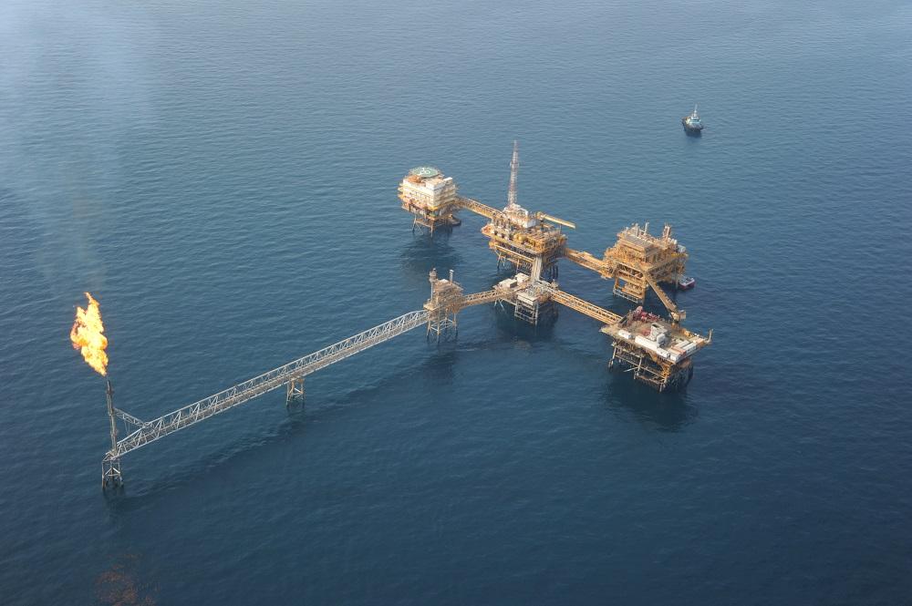 ساخت و نصب تاج مشعل سکوی AB مجتمع دریایی ابوذر در جزیره خارک