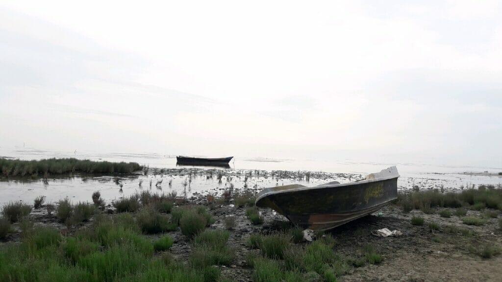 قایق در خلیج گرگان