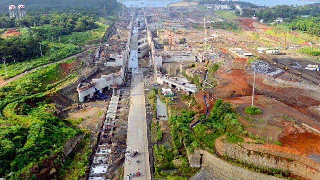 مراحل توسعه سد سلولی کانال پاناما