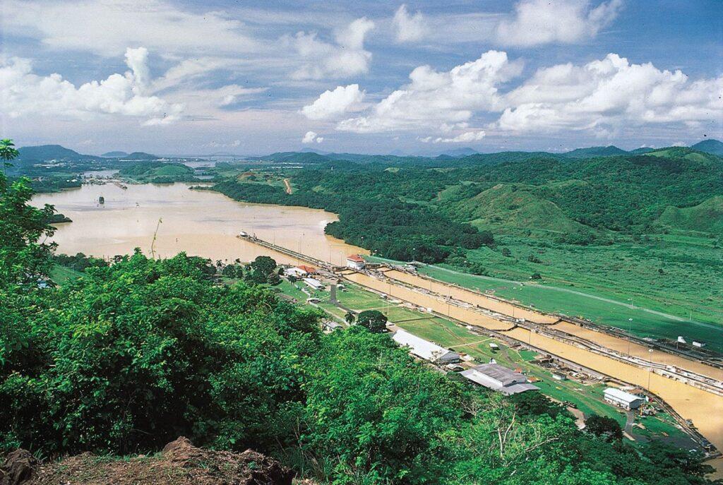 نمايي زيبا از کانال پاناما