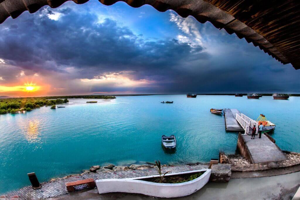 اسکله گردشگری و مارینا جزیره قشم