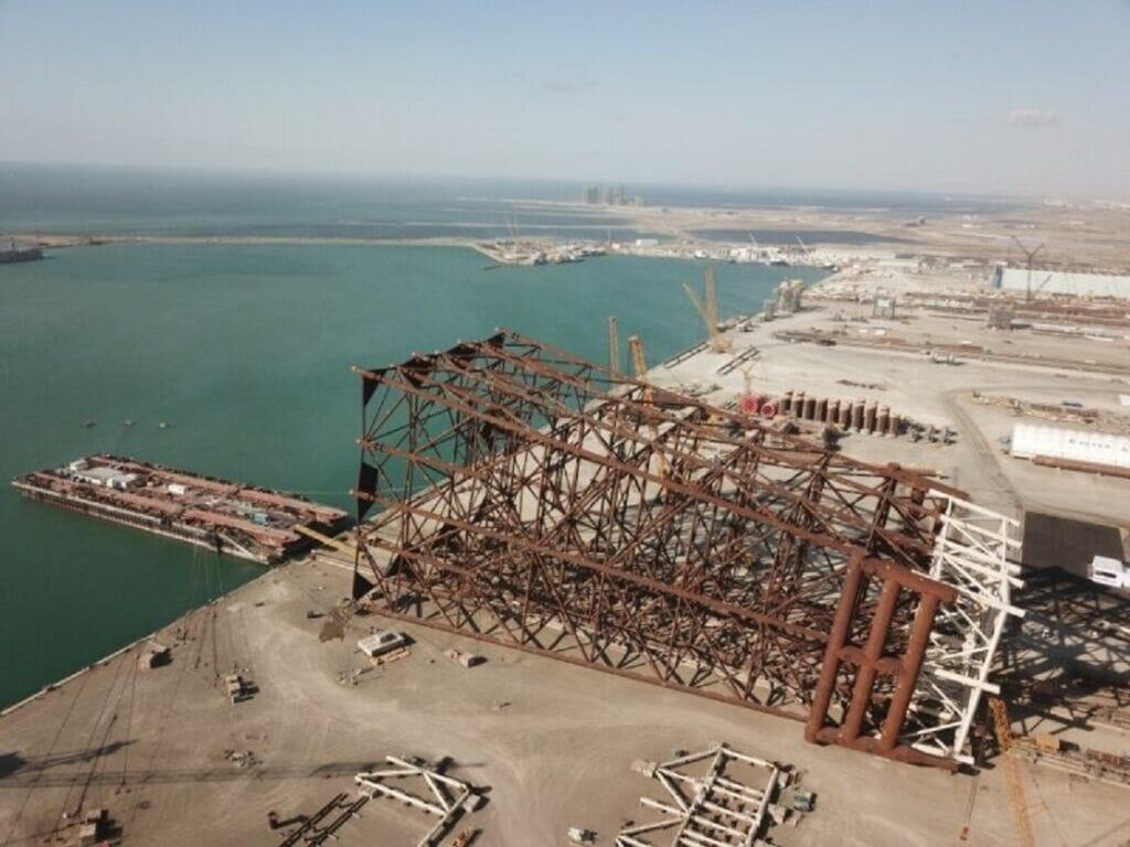 توسعه یک میدان نفتی در دریای کاسپین توسط آذربایجان