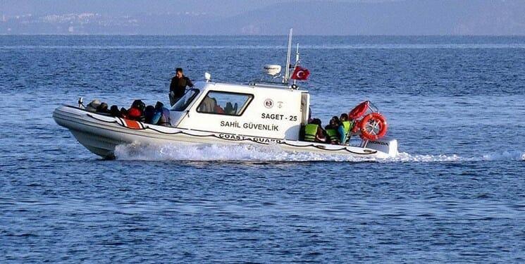 تیراندازی نیروی دریایی یونان به یک قایق غیرنظامی ترکیهای