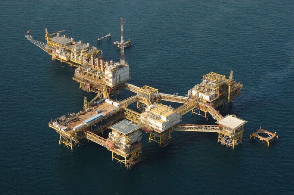 سکوی دریایی نفتی سلمان منطقه لاوان