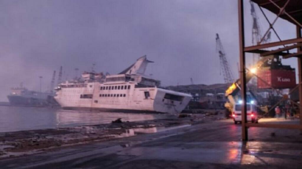 غرق کشتی کروز ملکه شرق در بندر بیروت