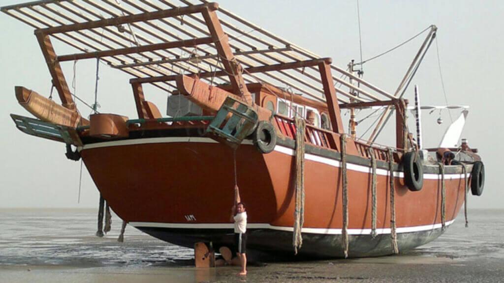 لنج باری صیادی در خلیج فارس