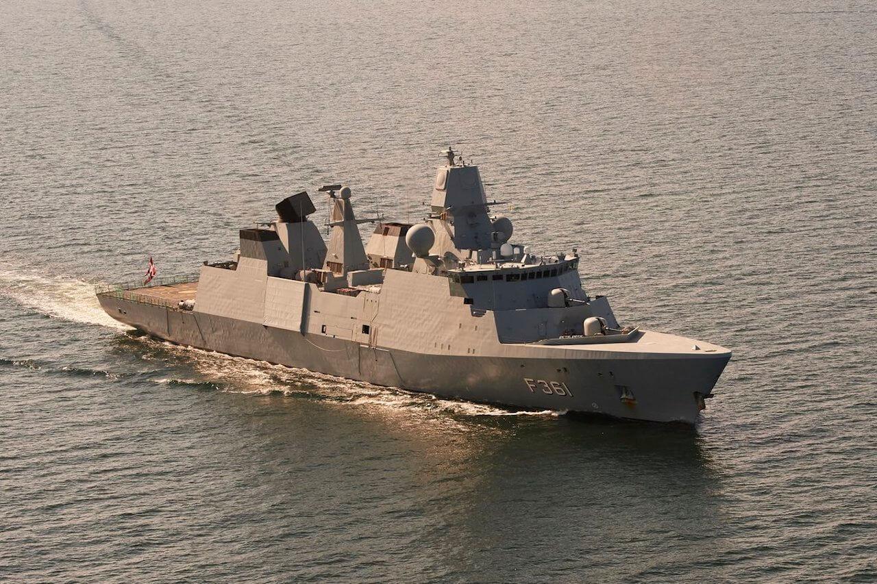 ناوچه دانمارکی برای پیوستن به ائتلاف دریایی اروپا وارد دریای عمان شد