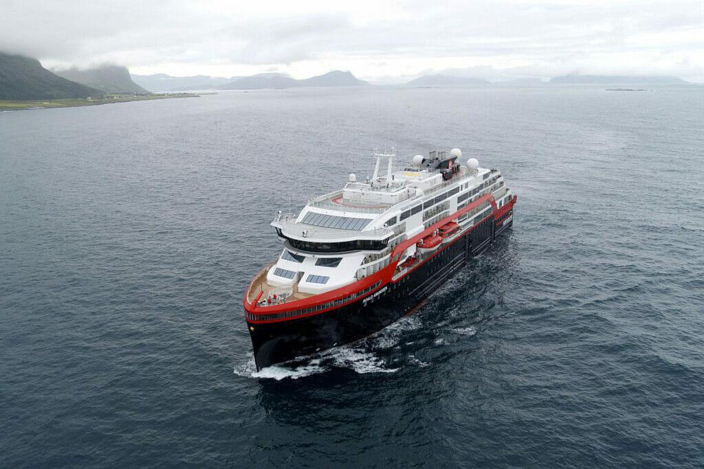 کشتی ام اس روالد آموندسن - MS Roald Amundsen ship