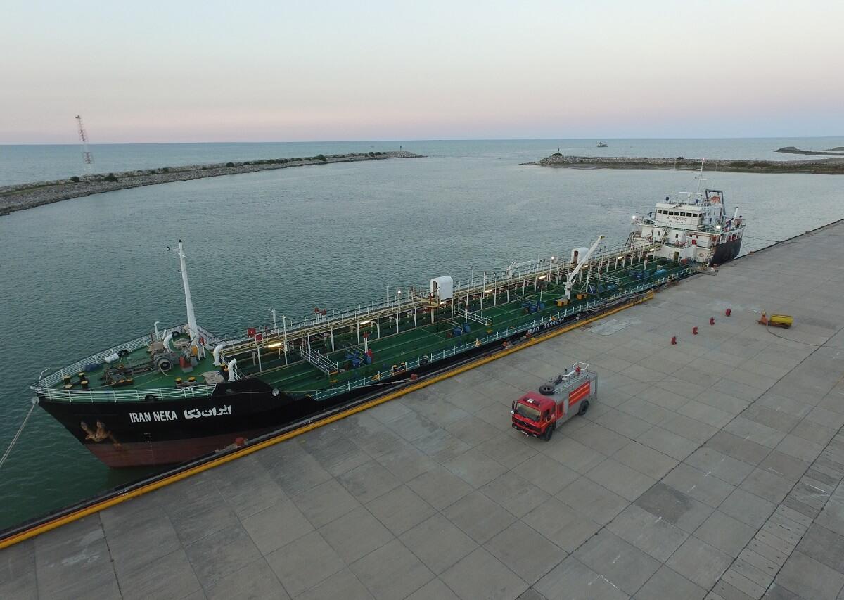 کشتی ایران نکا در بندر فریدونکنار
