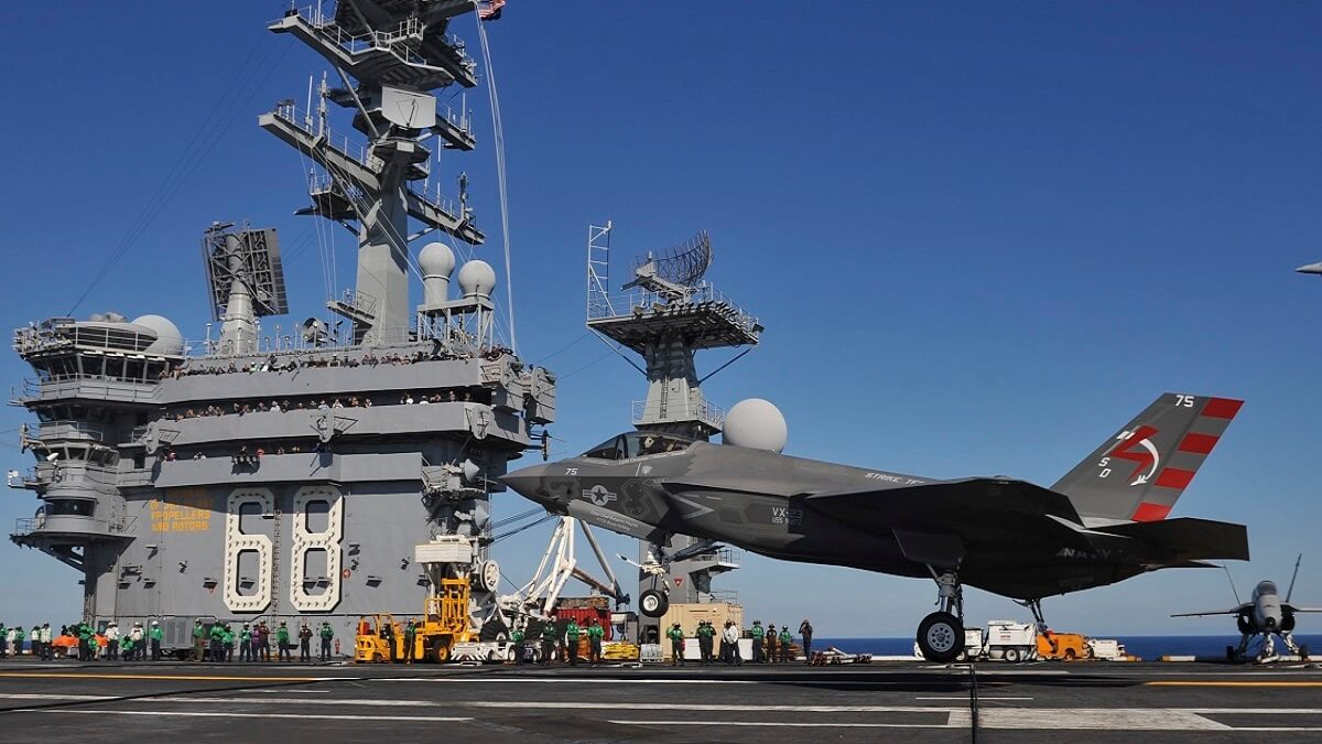 برگزاری مانور نیروی دریایی آمریکا در نزدیکی گوآم