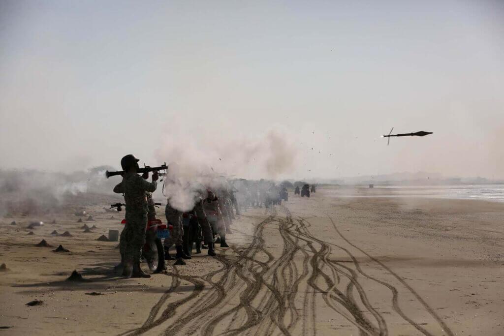تصاویر رزمایش مشترک ذوالفقار 99 ارتش - روز اول