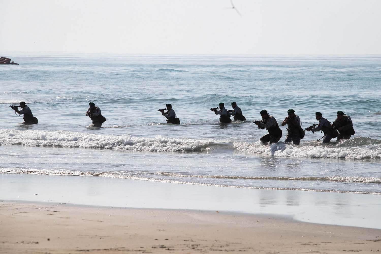 دوره آموزش تکاوران نیروی دریایی ارتش در منجیل