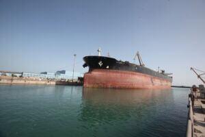 تعمیر نفتکش استارک (stark) در یارد کشتی سازی ایزوایکو