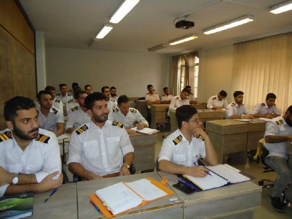 دوره آموزشی دریانوردی برای دریانوردان