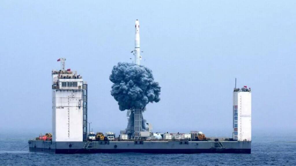 ساخت بندر فضایی شناور جهت ارسال موشک به فضا از آب در چین
