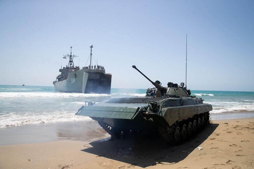 عملیات مشترک و پیچیده هجوم آبخاکی در رزمایش مشترک ذوالفقار 99 ارتش