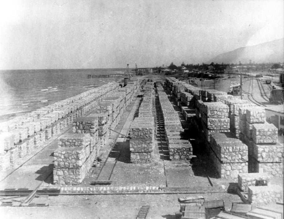عکس تاریخی از ساخت بندر نوشهر مازندران بین سال های 1309 تا 1318