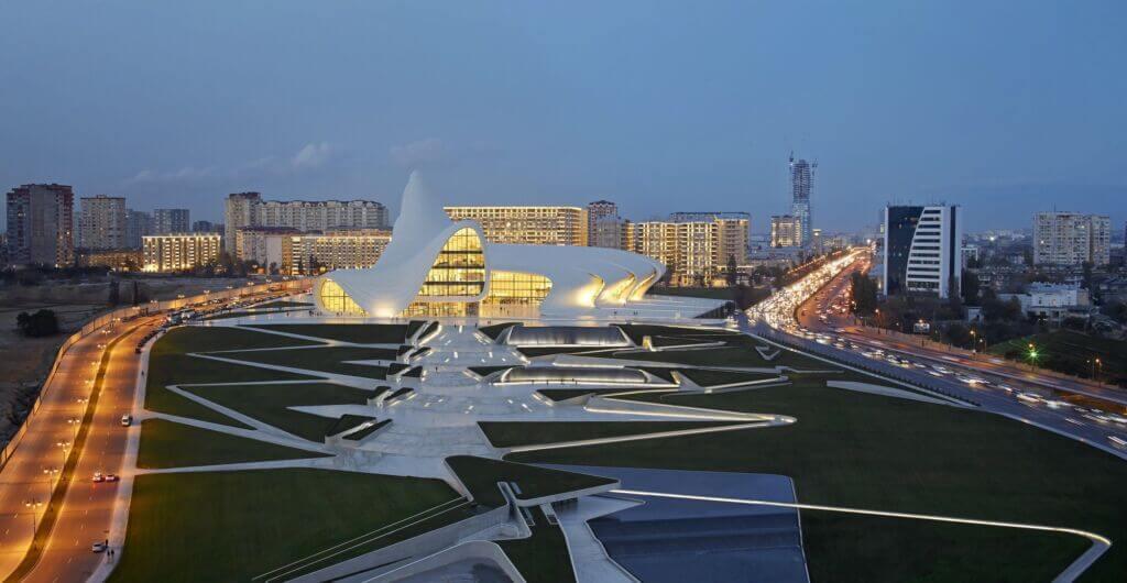 مرکز فرهنگي حيدرعلياف بندر باکو آذربایجان (Heydar Aliyev Center)