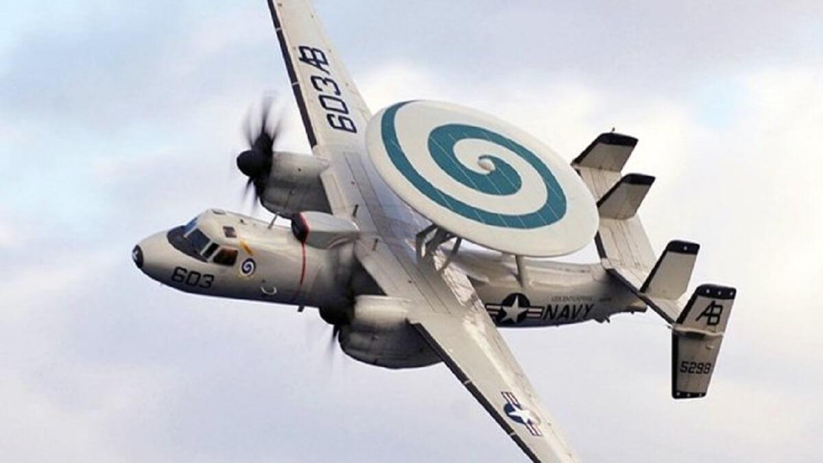 سقوط یک فروند هواپیمای آواکس نیروی دریایی آمریکا