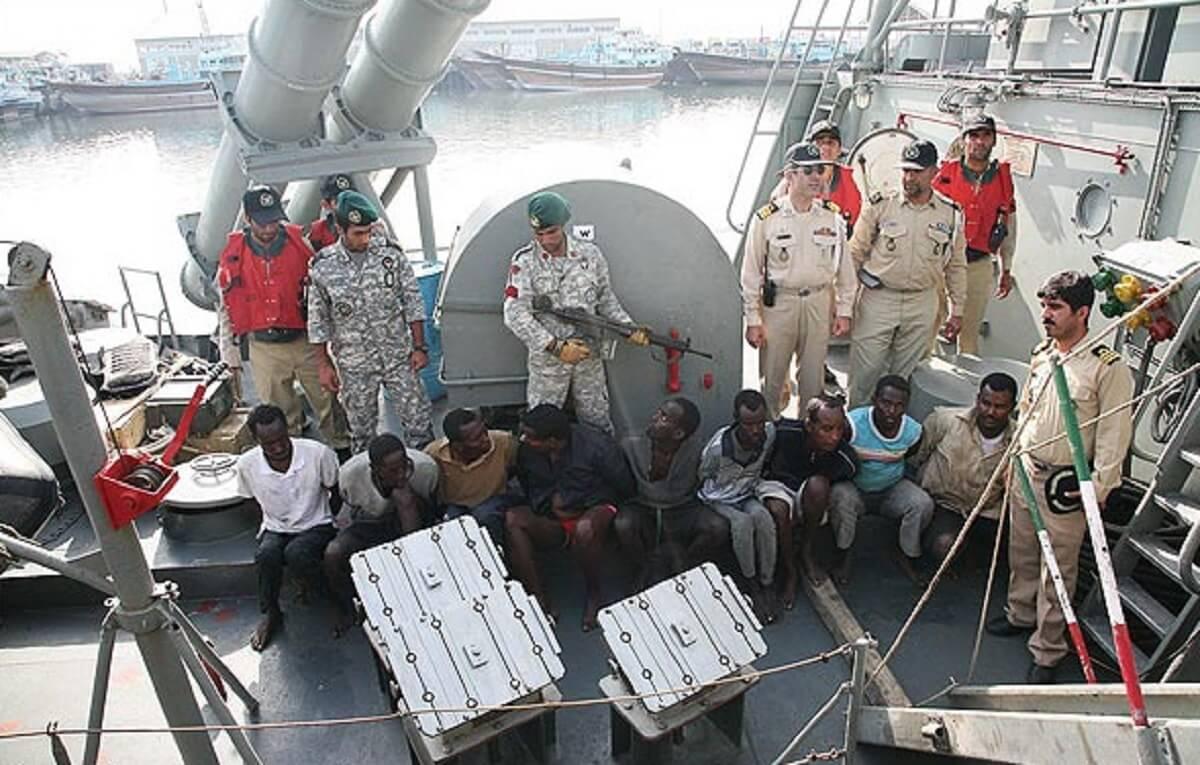 تامین امنیت ناوگان تجاری وظیفه نیروی دریایی است