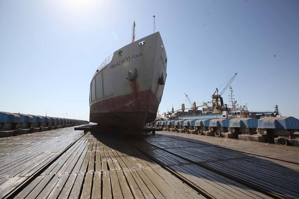 تعمیر کشتی و شناور حجاز 66 در یارد مجتمع کشتی سازی و صنایع فراساحل ایران-ایزوایکو